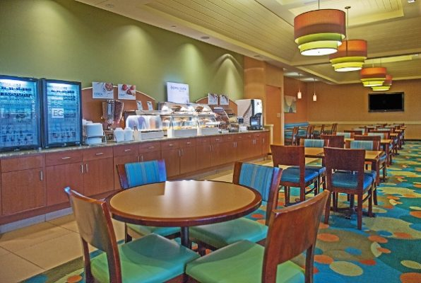 Breakfast room in the Holiday Inn Express Oceanfront