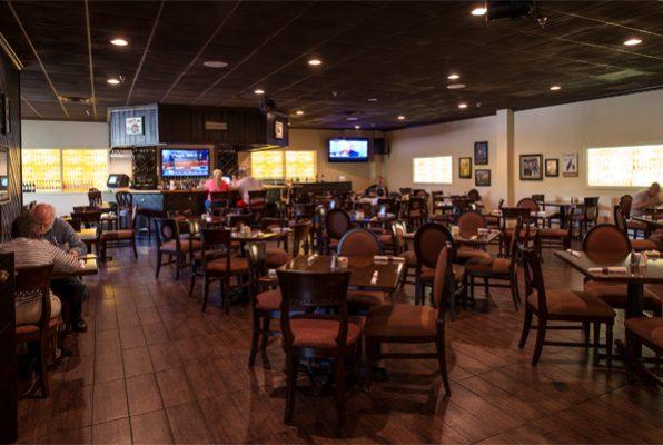 Restaurant and Bar at Powhatan Resort