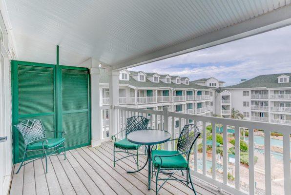 Turtle Cay Resort patio