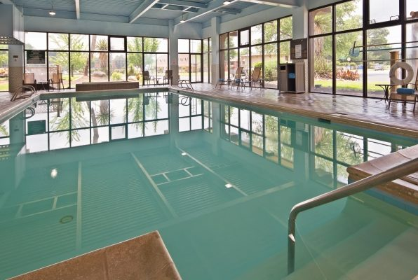 Best Western Williamsburg Pool